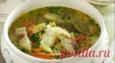 Рыбный суп с сельдереем Рыба нужна и полезна нашему организму. По советам врачей нужно есть рыбу не реже 1 раза в неделю. Поэтому сегодня мы расскажем Вам о прекрасном супе из рыбы и с сельдереем.