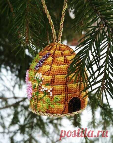 Подборка самых красивых и необычных вышитых ёлочных игрушек   Вышивка и рукоделие   Яндекс Дзен