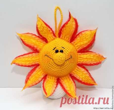 Солнышко крючком - интерьерная детская игрушка