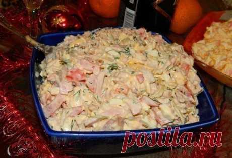 """La ensalada \""""De fiesta\"""". La ensalada sabrosa adornará la mesa cotidiana y de fiesta"""