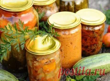13 овощных САЛАТОВ на зиму!!!  В сегодняшней подборке рецепты овощных салатов, которые зимой обогатят наш рацион витаминами и необходимыми организму минеральными элементами.  Каждый салат – хорошее дополнение к любому блюду из мяса, птицы или рыбы. 2-3 ложки салата, добавленного в суп, щи или борщ, изменят их вкус и придадут первым блюдам особую пикантность. В любом случае для каждой хозяйки хороший салат в зимнее время всегда будет палочкой-выручалочкой.  Салат «Молодчик»...