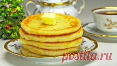 Лепешки с сыром сулугуни Приготовьте лепешки с сыром сулугуни из дрожжевого теста на сковороде к завтраку, обеду или ужину. Времени для их приготовления потребуется всего полчаса, а удовольствие от аппетитных лепешек с золотистой корочкой и нежной начинкой из сыра сулугуни, гарантировано.