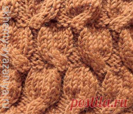 Рельефный узор с перемещением петель. Схема вязания спицами.