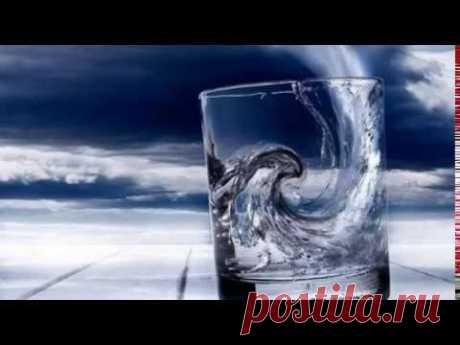 Целебная сила воды! Почему ночью у кровати должен стоять стакан воды?