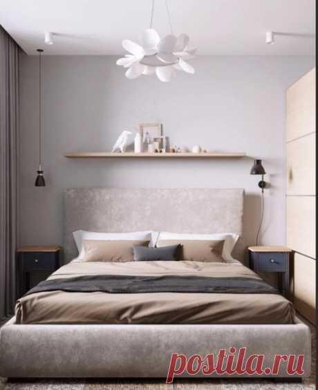 Кровати на высоких ножках обычно смотрятся очень громоздко. Такая конструкция кровати подойдет для больших комнат. А сегодня, когда много малогабаритных квартир дизайнеры советуют использовать кровати или кровати-ящики на низких ножках или даже без них.