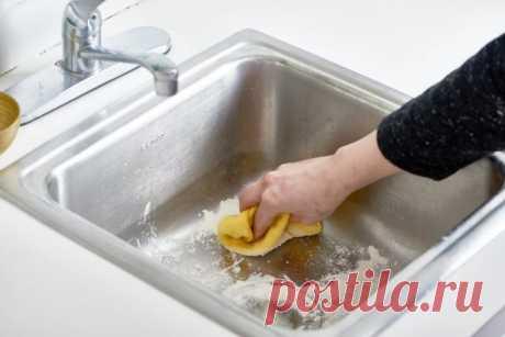 Вещи, которые категорически нельзя смывать в раковину и унитаз