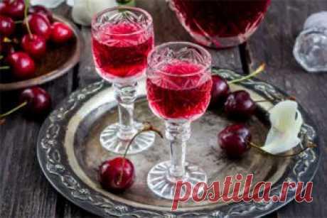 Домашние напитки: 7 рецептов к Новому году