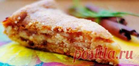 Манный пирог с яблоками и заливкой - Простые рецепты Овкусе.ру