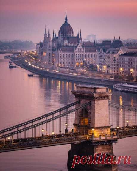 #Будапешт@discoverygroup