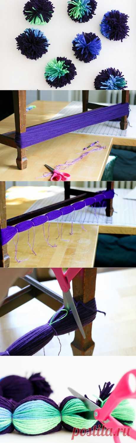 Как быстро сделать много помпонов с помощью стола или стула..