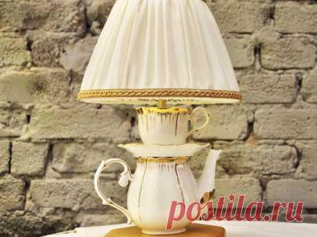 Необычная настольная лампа своими руками