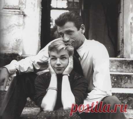 ༺🌸༻ История любви...  к 100-летию со Дня рождения прекрасной Симоны Синьоре, французской актрисы кино и театра, обладательницы премии «Оскар»  ...Симона так ясно вспомнила свою первую встречу с Ивом Монтаном, как будто это было вчера.  Пройдут годы, и в своих мемуарах она напишет:  «Это было 19 августа 1949 года в Сент-Поль-де-Ванс, в кафе «Коломб д'Ор», в половине девятого»,  и не ошибётся ни на минуту...    Они встретились, когда обоим было уже за 30. У неё за плечами были у...