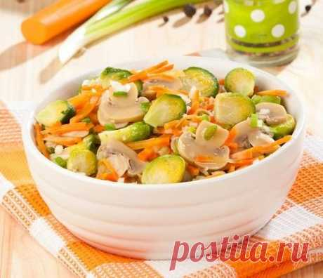 Brussels sprout champignons salad