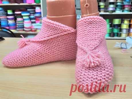 ДОМАШНИЕ ТАПОЧКИ-СЛЕДКИ ОДНИМ ПОЛОТНОМ . Вязание спицами.Homemade knitted slippers.