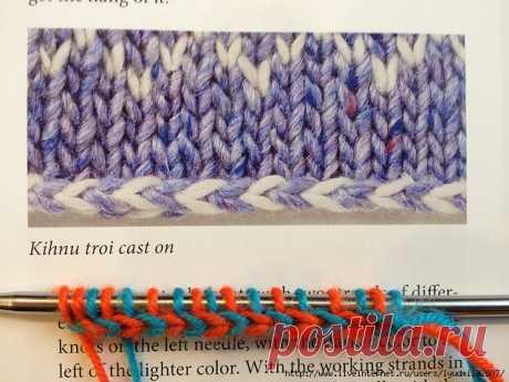 Горизонтальная двухцветная косичка при наборе петель и в оформлении изделий