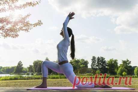 12 ejercicios de los yoga para el adelgazamiento de los pies