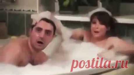 Муж полицейский застал голую жену с соседом, но он не ожидал что произойдет дальше ! )
