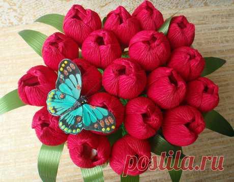 Гофрированные цветы с конфетами своими руками. Гофрированные цветы с конфетами, созданные своими руками — это удивительные подарки. Идея...