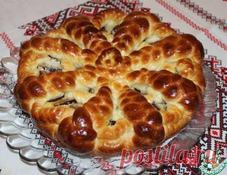 Пирог со сливами на дрожжевом тесте