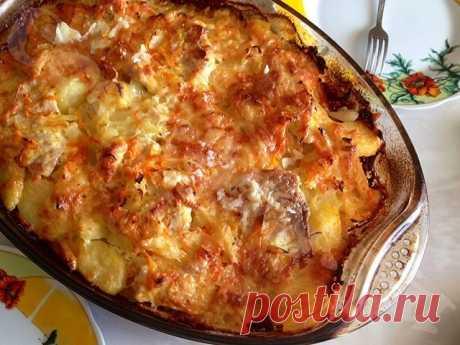 Кулинария>Запеченный картофель под майонезом