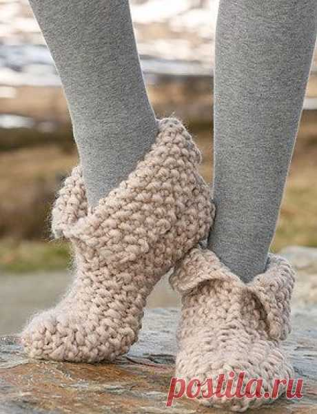 Slippers spokes \/ Knitting by spokes of accessories \/ PassionForum - master classes in needlework