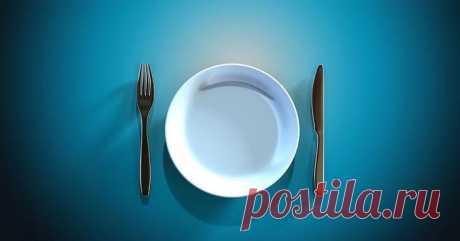 Японская диета окно питания, которая получила Нобелевскую премию Как показали исследования 2017 года, те, кто ест с 8:00 до 20:00, менее здоровы, чем те, кто ест с 8:00 до 14:00, — когда окно питания занимает 6–8 часов, меньше риск заболеть диабетом, анемией или ож...