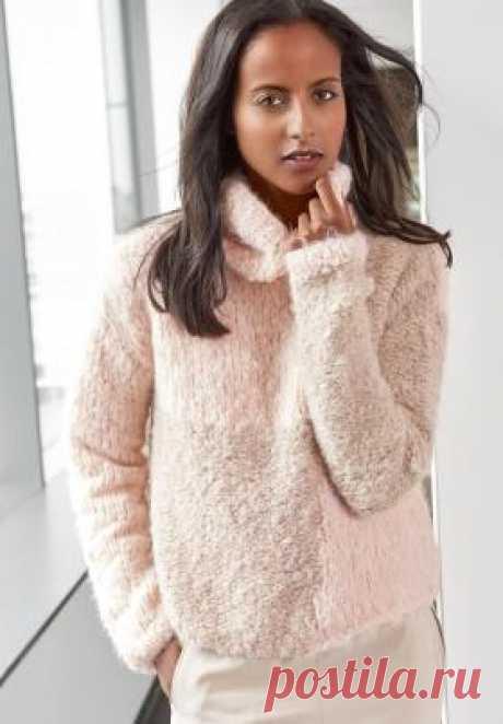Меховой пуловер с высоким воротником Теплый и объемный пуловер спицами для женщин, перед которого связан в технике интарсия, только в упрощенном виде. Для вязание модели...
