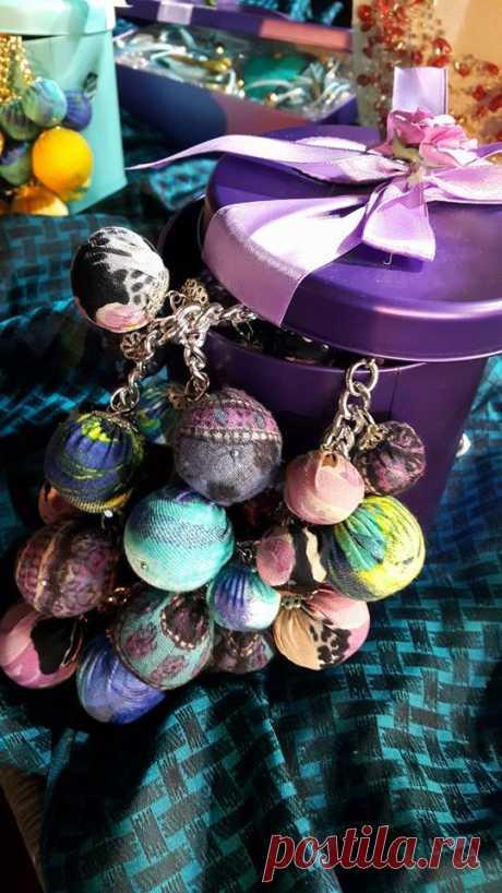 ожерелье-веселые шарики