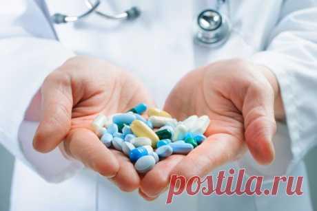 Якими препаратами лікують COVID-19 в Україні: аналізуємо оновлений український протокол