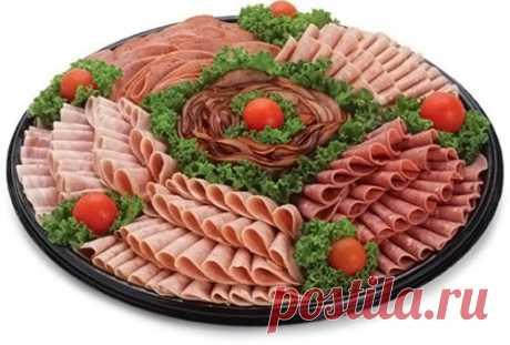 Мясные нарезки: ТОП-10 вариантов оформления Такая нарезка украсит ваш праздничный стол. Берите на заметку!