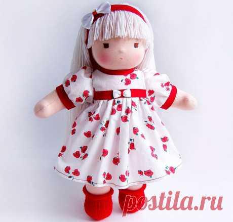 Вальдорфская кукла своими руками для начинающих, мастер-класс Как сделать Вальдорфскую куклу своими руками начинающим мастерам, пошаговый мастер-класс изготовления куклы с выкройкой и фото примерами.