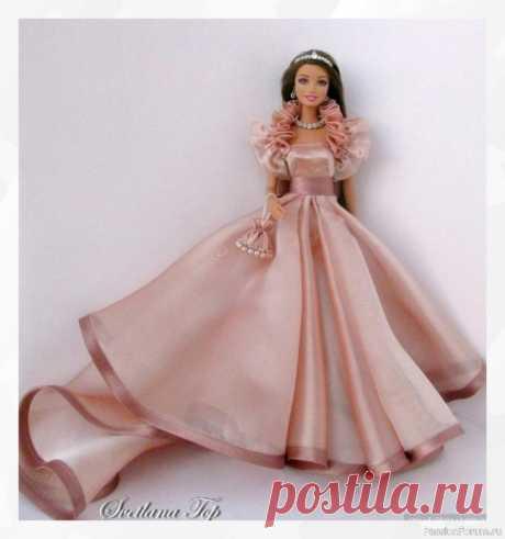 Выкройка платья для куколки (из интернета)