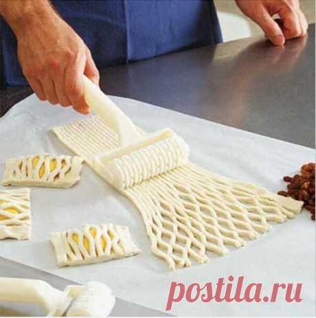 Simpático de plástico Dragnet el cuchillo del rodillo zubofrezernye los Moldes para la cocción de la pizza la plancha el Instrumento (Blanco) | Sammydress.com
