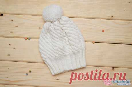 """Cap white an interesting pattern\"""" Knitting - the website about knitting by spokes and a hook"""