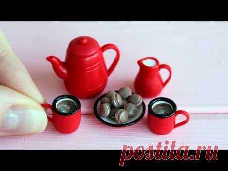 Miniature red cookware set with macaroons. Polymer clay. Tutorial. DIY. Миниатюрная посуда.