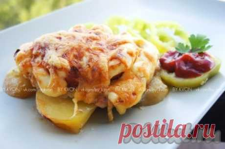 Свинина по-французски с картошкой и помидорами в духовке