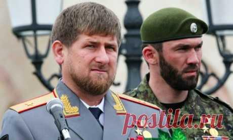 Кадыров высказался о планах стать президентом России Руководитель Чечни Рамзан Кадыров был вынужден высказаться о сообщениях, в которых ему приписывают резкий взлет карьеры. В частности, некоторые политологи на полном серьезе обсуждают вариант с президентством Кадырова.  В своем свежем интервью глава Чечни постарался поставить точку в этих обсуждениях. Он заметил, что его удивляют обсуждения на сей счет, так как он не собирается становиться главой государства. «Хочу законч...