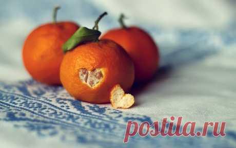 ¡En la piel de las mandarinas - la utilidad enorme!