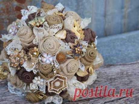 Подробный мастер-класс: цветы из мешковины и кружева; винтажная роза; топиарий из мешковины своими руками