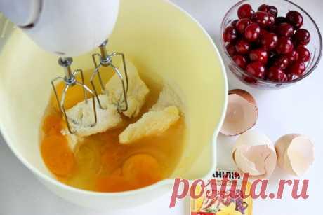 Вишневый пирог на сметане: рецепт с фото пошагово