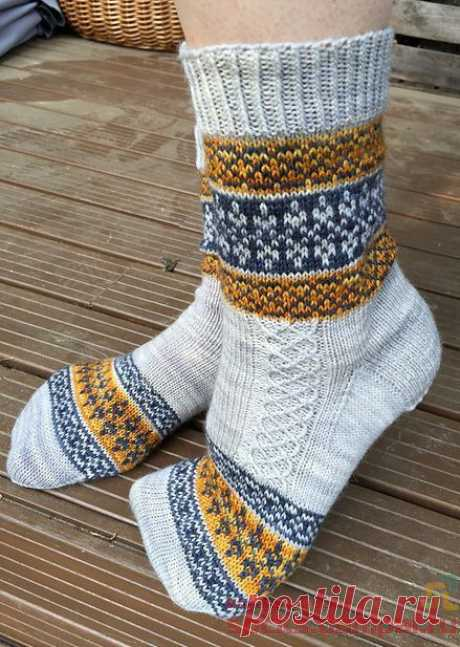 Вязаные носки «Echoes from Karelia» | ВЯЗАНЫЕ НОСКИ