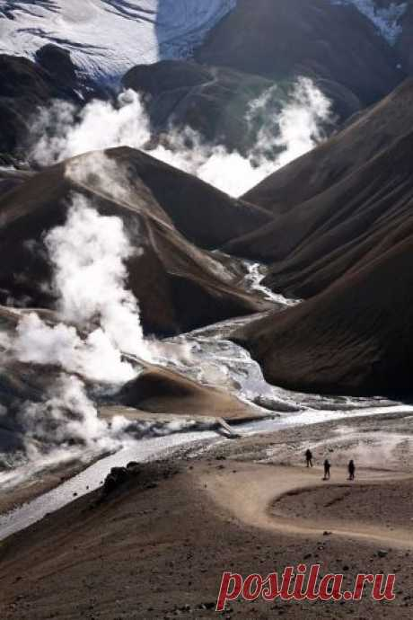 """oceanflower2015: """"Valley in the Kerlingarfjoll area with geothermal activity. Iceland """""""