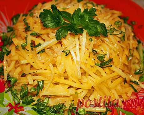 Las recetas de las ensaladas chinas con las patatas crudas