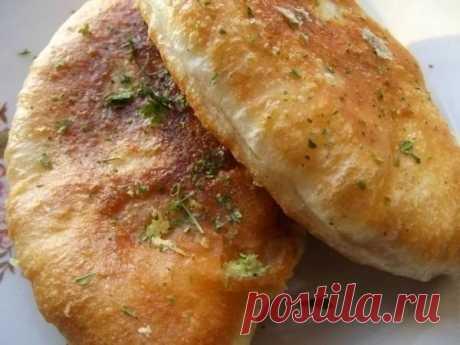 Как приготовить воздушные жареные пирожки - рецепт, ингредиенты и фотографии