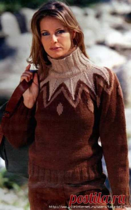 Sweater with the jacquard coquette spokes