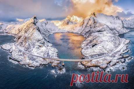 «Золото Лофотен» Автор норвежского фото – Алексей Вымятнин: nat-geo.ru/community/user/201151