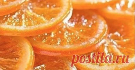 Перестала покупать конфеты, когда узнала этот рецепт! Всего пара апельсинов…   Превосходный рецепт цитрусового десерта в домашних условиях — карамелизированные апельсины, вкус которых несомненно тебя порадует. Яркая восточная сладость способна заменить без вреда для здоровья л…