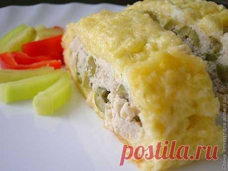 Рулет из сыра и курицы в духовке / Рецепты с фото