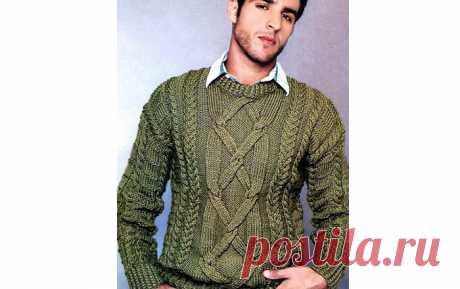 Вязаный спицами мужской пуловер болотного цвета