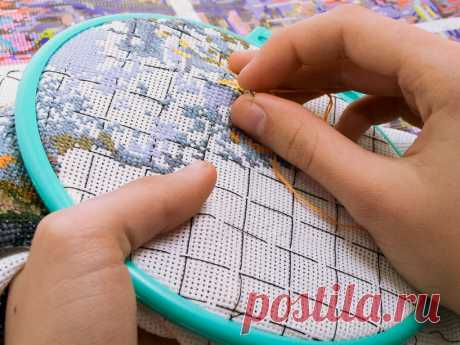 Various usefulness for the beginning embroideresses and has some for skilled!!